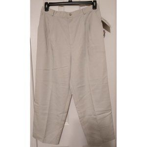*5/$20*NWT Briggs NY Women's Size 16 Cropped Pants